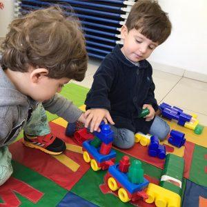 Brinquedos que são educativos e estimulam a criatividade