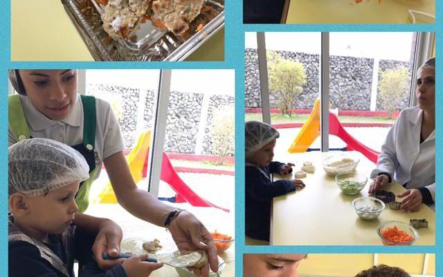 Culinária Mini Maternal lanchinho delicioso, tudo feito com a ajuda das crianças.